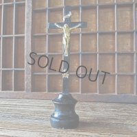 ドクロ付きの卓上十字架