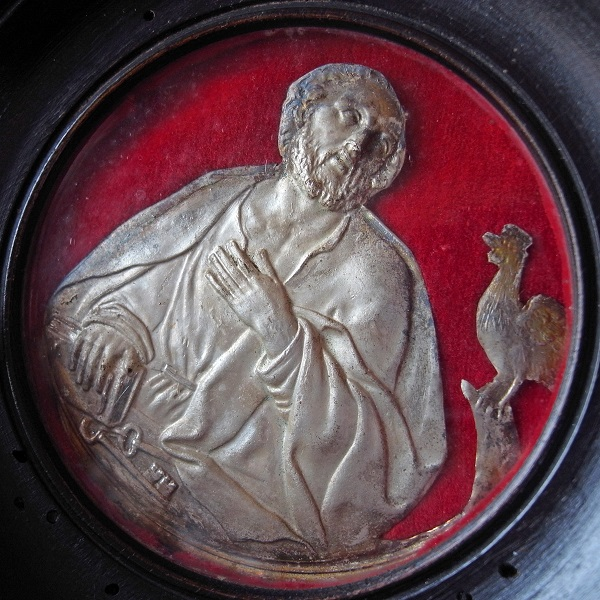 画像1: 聖ペテロと鶏のガラスフレーム(19世紀)