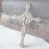 聖母子とキリストの十字架