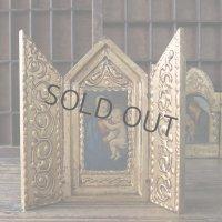 大公の聖母の扉付き祭壇