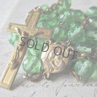 グリーンのクリスタルガラスと金鍍金のロザリオ