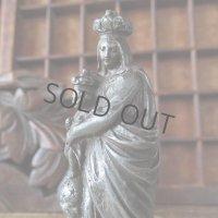 パリの勝利の聖母像