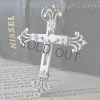シルバー×マザーオブパールの十字架