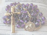 紫のクリスタルガラスと金鍍金のロザリオ