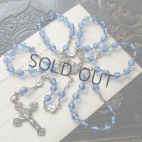 青のクリスタルガラスと悲しみの聖母のロザリオ