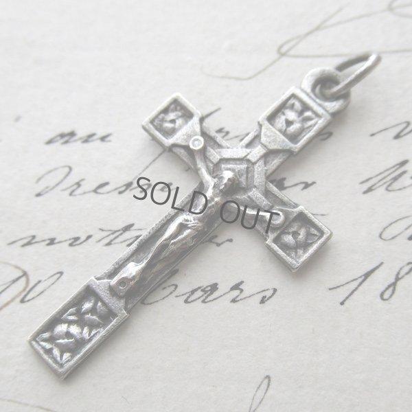 画像1: バラが刻まれたクロス