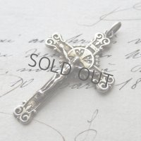 百合の紋様のヴェルメイユのクロス