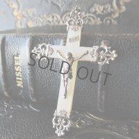 シルバー×マザーオブパールの十字架b