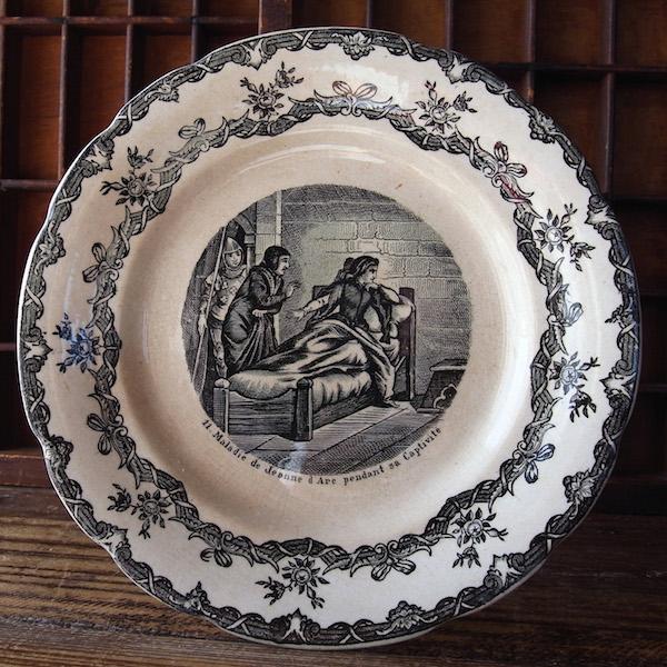 画像1: ジャンヌダルクの絵皿NO11