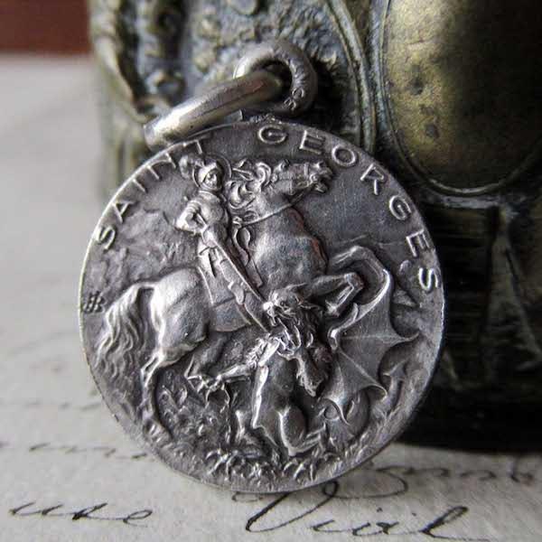 画像1: ドラゴン退治の聖ゲオルギオスのメダイa
