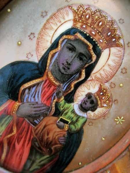 ヤスナ・グラの黒い聖母の扉付き...