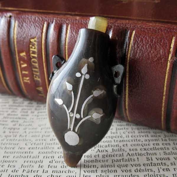 画像1: 19世紀の香水入れ