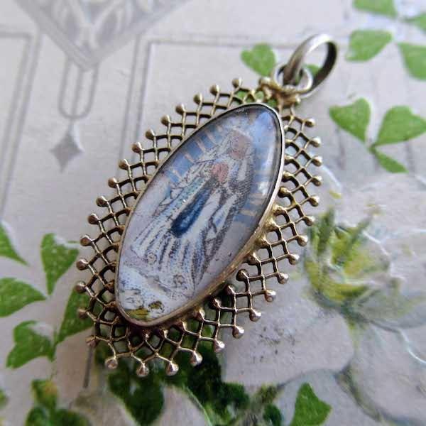 画像1: 聖母マリアのガラスとヴェルメイユのメダイ