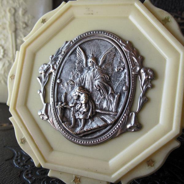 画像1: 守護天使ガーディアンのゆりかごのメダイ