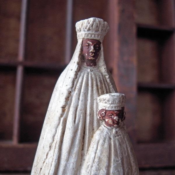 ロカマドールの黒い聖母子像 - E...